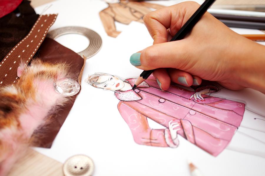 Quais os primeiros passos para quem quer começar a desenhar para moda?